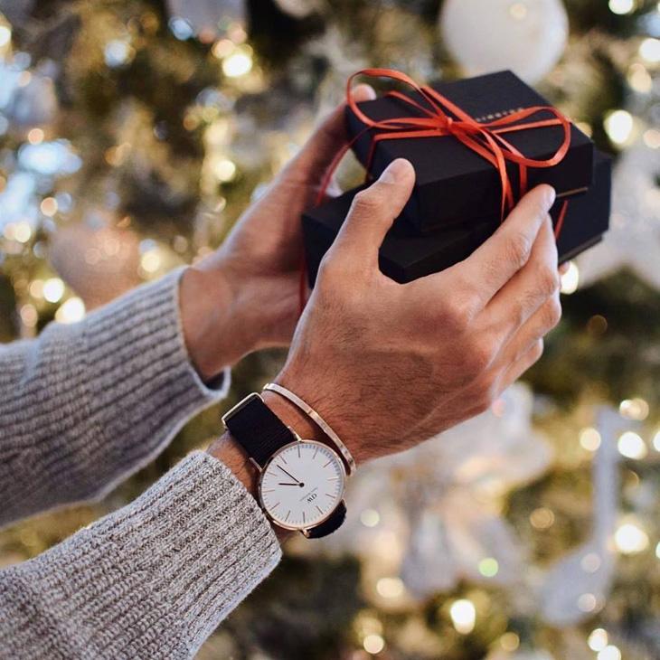 ダニエルウェリントン クリスマスプレゼント